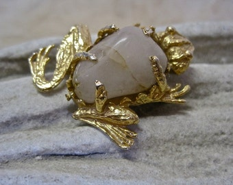 Frog Brooch Modernist Vintage Rose Quartz Polished Nugget Artisan Hand Crafted Art to Wear Cast Gold Tone Metal and Pale Pink Stone