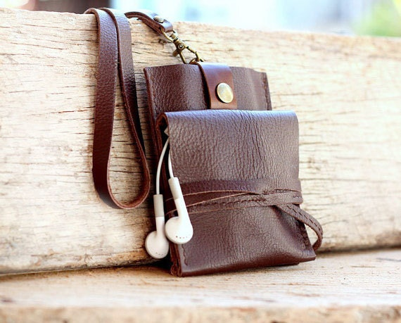 Smart clay brown leather iPhone wallet with neck strap