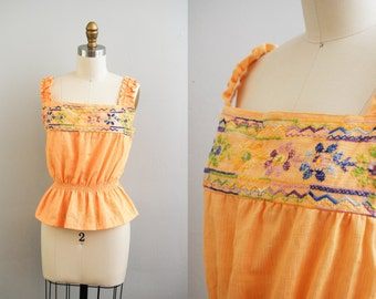 Vintage 1970s Ethnic Embroidered Peasant Top / 70s Boho Blouse / Mexican Blouse