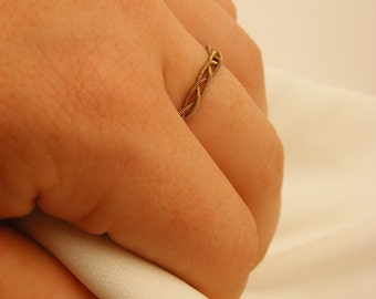 Guitar String Braided Ring (Simple Ring) (Stacking Ring)