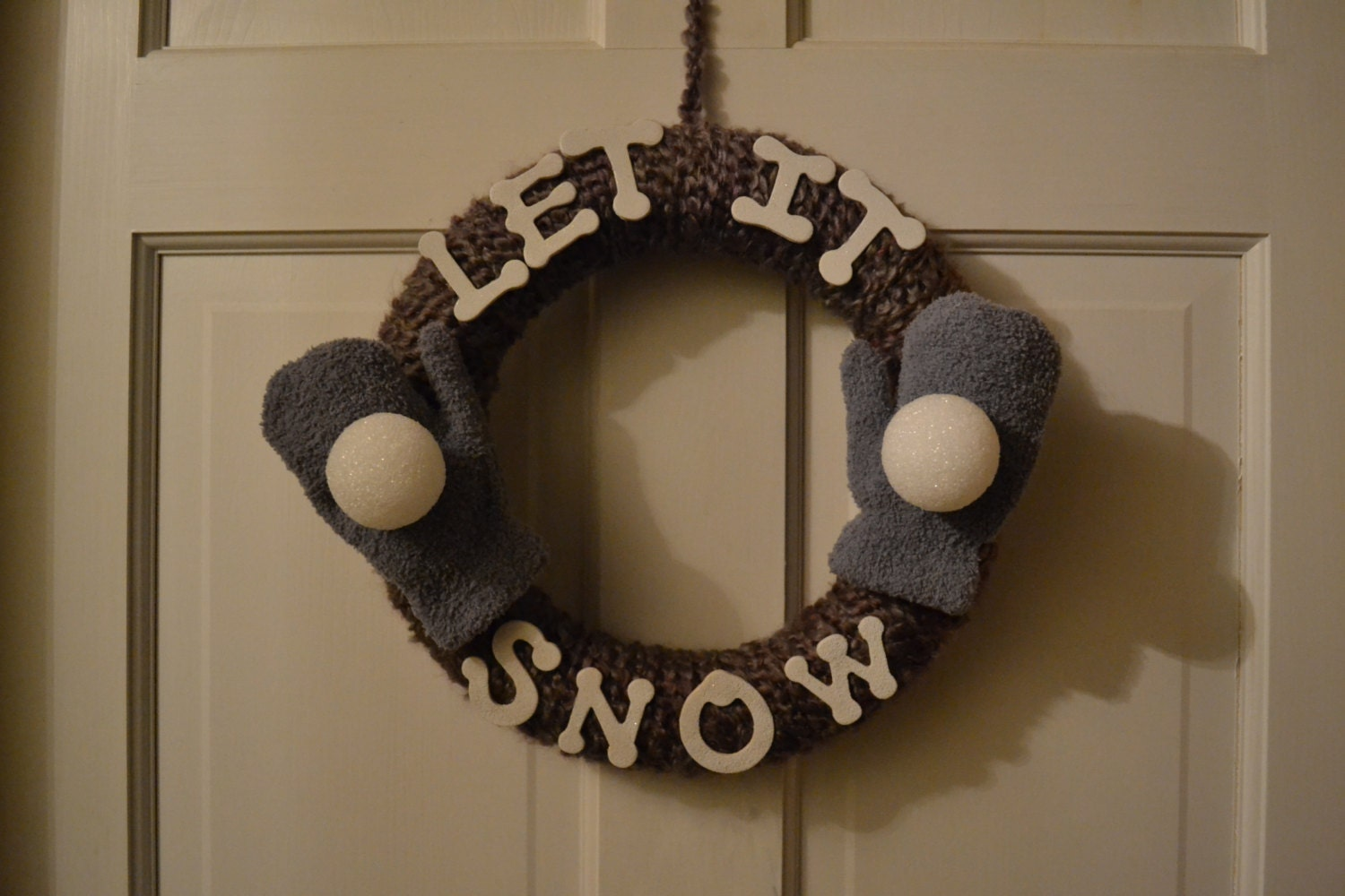 "12 in "" Let It Snow"" Wreath"
