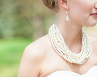 Bridal Necklace Pearl Bridal Jewelry Pearl and Rhinestone Bridal Statement Necklace Statement Wedding Necklace Vintage Style Chunky Pearl