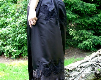 Long gothic victorian skirt black satin ruffle trim size 8 Small