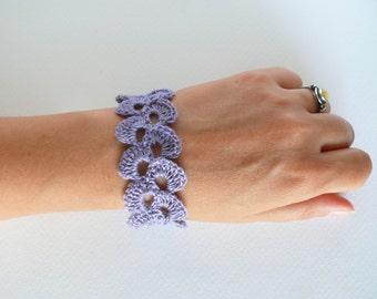 Lavender blue linen bracelet, wedding romantic bracelet, crochet bracelet, lace trim bracelet, Birthday gift Shabby chic bracelet, wide cuff