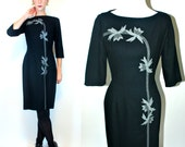 Vintage 50s Black Wool Wiggle Dress. Mod Holiday boho Cocktail Party Boatneck hourglass floral Fitted Sheath LBD. Extra Small - Small