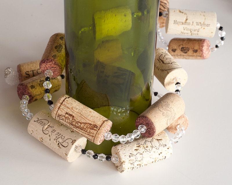Wine cork garland wine decor wine cork crafts wedding for Wine cork crafts for weddings
