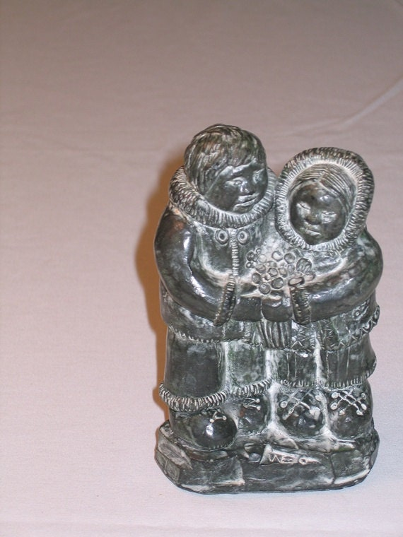 Eskimo inuit figurine wolf original soapstone by worlddelights