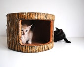 Log House for Small Cat - A perfect cat hideaway