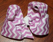 Chevron purple and white hair bow.....purple and white hairbow