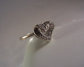 14k White Gold Heart Diamond Ring