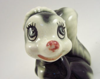 Vintage Skunk - Ceramic Disney Flower From Bambi - Rare