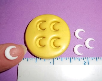 Crescent Moon Designs Flexible Mold For Crafts Resin Polymer Clay Candy Chocolate - Food Safe Silicone  M521