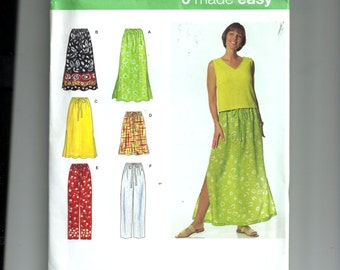 Simplicity Misses'  Skirt and Pants Pattern 7513