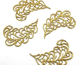 Brass Filigree Leaf Pendant - Mirrored (4X) (M762)