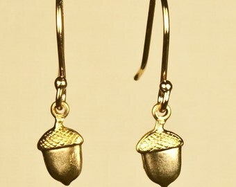 Vintage Acorn Earrings
