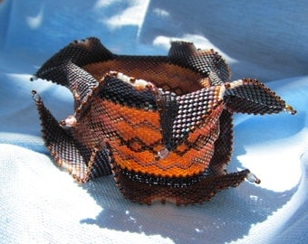 Geometric Design Bracelet. Autumn Horns Cuff Bracelet