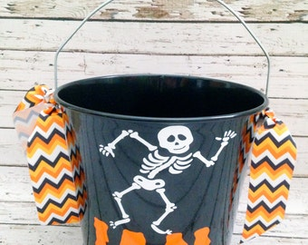 Personalized 5 Quart Halloween Bucket - More Designs Available