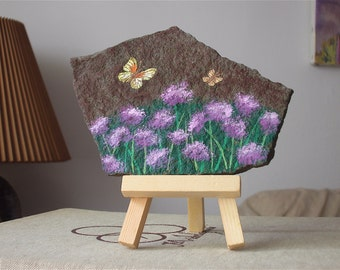 Painted Butterflies And Flowers On Stone With Easel, Meadow Flowers On Stone, Painting On Stone, Easel Painting On Stone