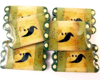 6 Wooden Primitive Penny Rug Crow Buttons.  Hand Painted and Hand Made Wooden Buttons.