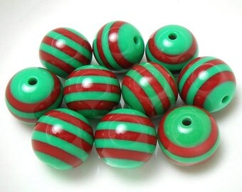 10 Red and Green Stripe Resin Beads 20MM acrylic beads (H2430)