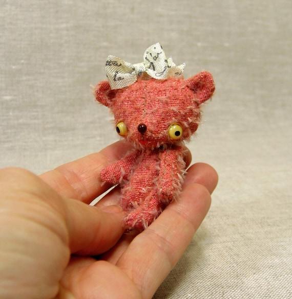 Winnie the Very Tiny Bear