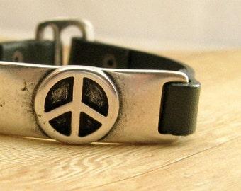 Leather Peace Sign Bracelet, Dark Olive Green Boho Cuff Bracelet, Hippie Jewelry, Green Leather Jewelry, Bohemian Style
