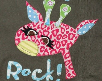 Personalized Khaki Green Canvas Messenger Bag with Giraffe, School Bag, College Bag, Sports Bag, Athletic Bag, Dance Bag, Baby Bag, Camp Bag