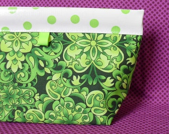 Celtic Green Oilcloth Snappy Pouch - Four Sizes