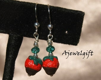 Chocolate Covered Strawberry Earrings 13057