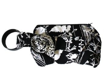 Black and White Floral Wristlet Bracelet Handbag