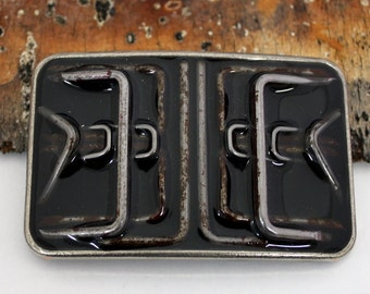 ultimate staple buckle in black