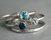 Ocean Blue Stacking Rings Swiss Blue, London Blue Topaz & Aquamarine Faceted Gemstone, Sterling Silver Stack of 5, Hammered Stackable Band