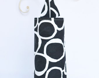 Fabric Cloth Plastic Grocery Bag Holder Freehand Black and White