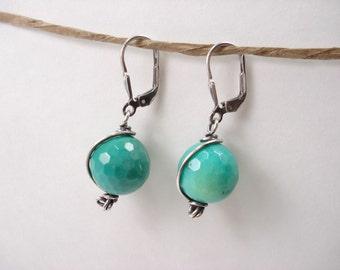 Moss Opa, Sterling Silver Earring, Green Stone, Dangle Earring