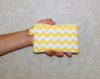 Chevron (Yellow) - iPhone 6s, iPhone 6, iPhone 5, iPhone 4, Samsung Galaxy S5/S6 - Cell Phone Gadget Zipper Pouch / Coin Purse
