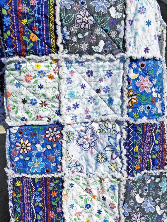 Twin Size Rag Quilt Blue and White Girl s Bedroom