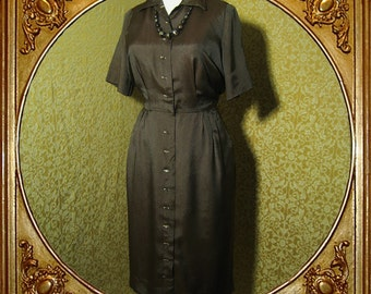 40s Ivan-Frederics brown shimmery shirtwaist shirtdress. Mother of pearl buttons. sz S M.