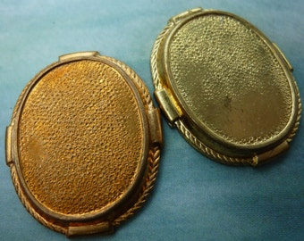 Vintage Bezels, 1950s Oval Cameo or Cabochon Frame Settings, Rope Detail Edges, Heavy Brass Stamping, Jewelry Findings 28x33mm, 2 pcs. (C17)