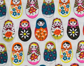 Vintage matryoshka fabric - 100x100 cm.