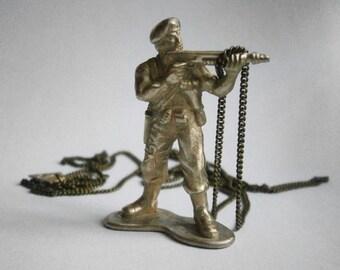 G.I -bronze