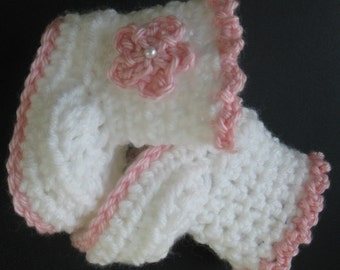 Crochet Baby Girl Booties Infant Boots Soft Acrylic Newborn Boots Warm Baby Crib Shoes with Flower Knit Reborn Doll Boots Baby Photo Prop