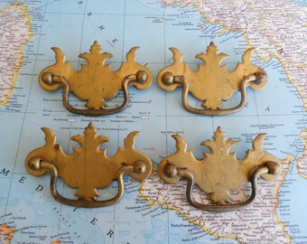 SALE! 4 vintage distressed goldtone metal pull handles with pointy edges*