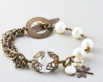 Pearl Bracelet, Vintage Glass, White Pearl Brass Bracelet, Handmade Bracelet