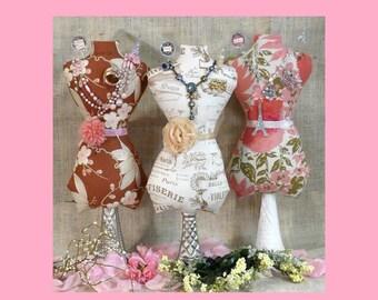 Large Mannequin Dress Form PDF Pattern - jewelry holder Pincushion Pin Keep primitive pinkeep cushion