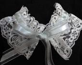 Victorian neck collar, renaissance ruff, lace collar, neck ruff--ecru lace
