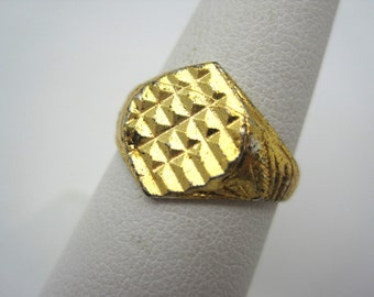 Vintage Geometric Gold Grid Ring