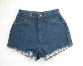 Vintage 80s Wrangler High Waist Denim Cut Off Shorts. Small