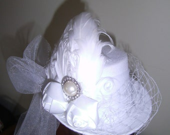 Fascinator, Mini Top Hat, Bridal White, Birds Cage Net, Feathers, Tulle, Jewels, Bride, Wedding, Photo Prop