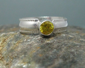 Patterned Sterling Silver Artisan Band with Faceted Citrine Stone, Sterling Silver Ring, Handmade Citrine and Sterling Ring