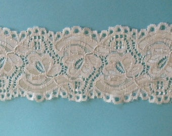 WIDE Stretch Lace Medium weight CREAM  -2 3/4 inch -5 yards for 8.25
